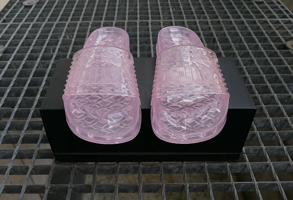 brand new f85dd f1d89 Puma Fenty Jelly Slide Women by Rihanna Pink
